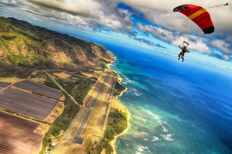 Dillingham Airfield Skydiving, Oahu, Hawaiian Islands