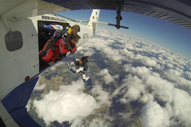 Nouvel Air: Canadian Skydiving Elite